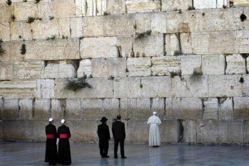 la-renuncia-del-papa-1662997w615
