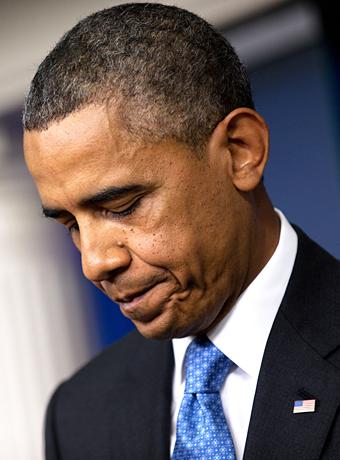 Las últimas fotografías muestran a un Obama de semblante preocupado y algo demacrado