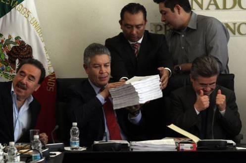 Cambios a fondo en la Constitución autorizan contratos de riesgo y concesiones a extranjeros