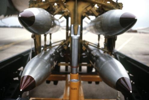 Estados Unidos ha probado con éxito una versión actualizada de una bomba atómica B-61, han informado medios de comunicación.