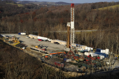 clean-water-action-photo-drilling-rig-pa