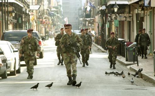 bourbon-street-new-orleans-82nd-airborne-troops_patrol