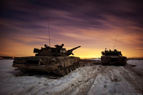 russian-army-armoured-division-military-exercise-1
