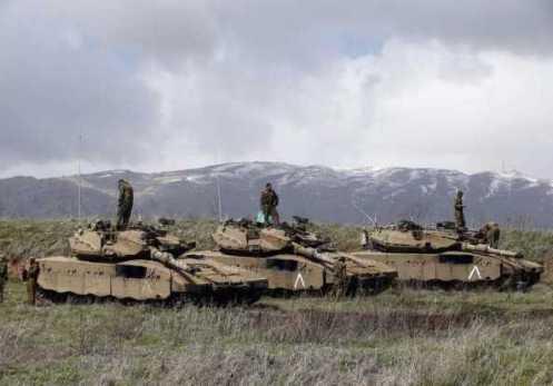 Tanques israelíes en el Golán
