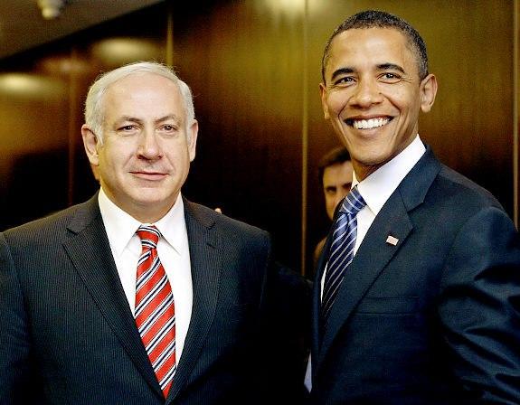 El primer ministro de Israel Benjamin Netanyahu, (un sionista-askenazi), junto a su empleado Obama.