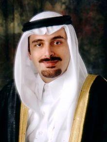 El líder de la Corriente del Futuro libanesa, Saad Hariri, ostenta la doble nacionalidad líbano-saudita. Oficialmente, es hijo del ex primer ministro libanés Rafic Hariri. Extraoficialmente, su padre es un príncipe de la familia real de Arabia Saudita.