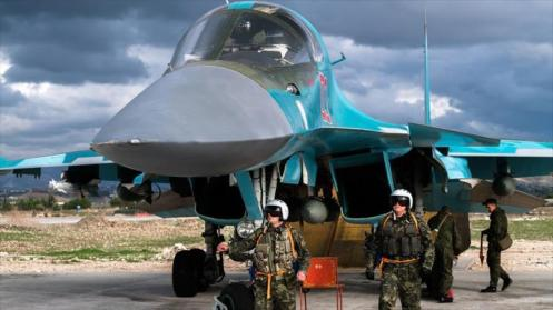Cazabombardero Sujoi Su-34 del Ejército ruso en la base siria Hmeimim (noroeste).